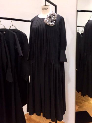 2019-11-dress(2).jpg