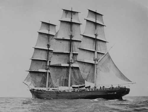 800px-Cutty_Sark_(ship,_1869)_-_SLV_H91.250-164_s.jpg