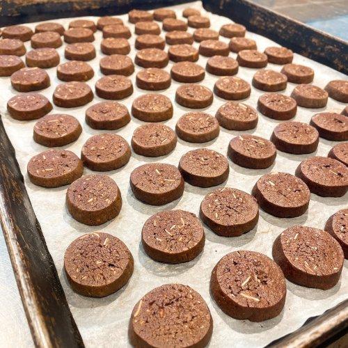 チョコチップクッキー並び[1].jpg